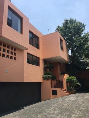Hermosa Casa En Condominio Horizontal Bien Ubicada Al Sur