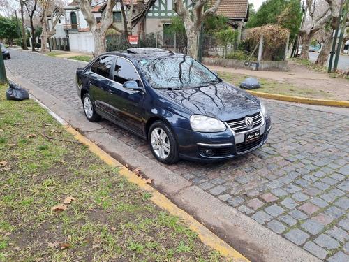 Imagen 1 de 14 de Volkswagen Vento 2.5n Luxury Mt 2009