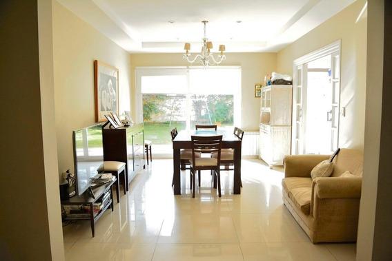 Venta Importante Casa Playa Grande!