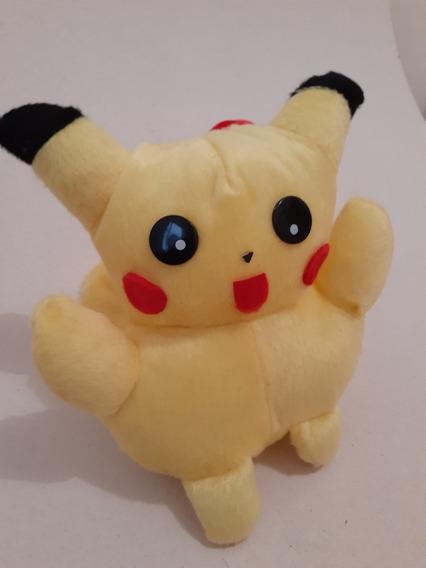 Pikachu- Pokémon Em Pelucia