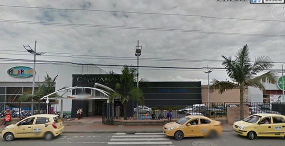 Local Comercial En El Centro Comercial Campanario