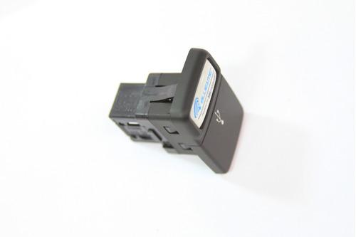 Imagen 1 de 7 de Conector Usb Fiat Qubo Dynamic 12/16