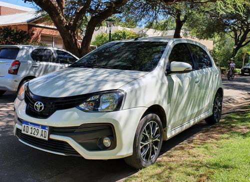 Toyota Etios Hatchback 5p Xls 1.5 Mt