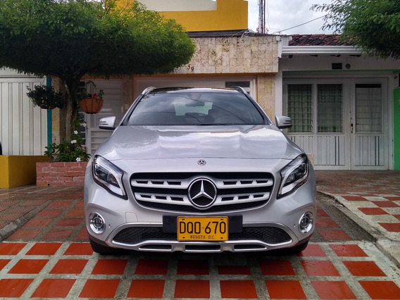 Mercedes Benz Gla200 Urban 1.6 Turbo Triptonica Año 2018