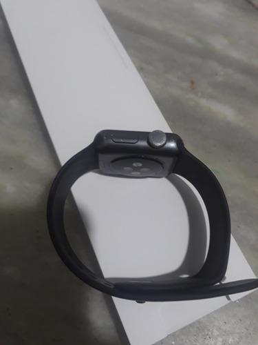Imagem 1 de 5 de Apple Watch Série 3 38mm