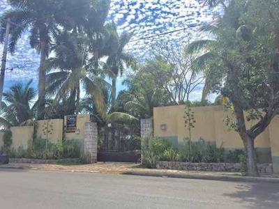 Preciosa Residencia Estilo Hacienda Al Norte De Mérida. Zona De Gran Plusvalía.
