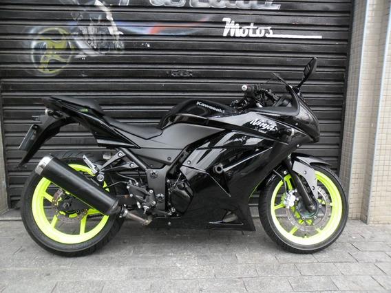 Kawasaki Ninja 250 R 2011 Preta