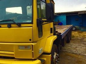 Caminhão Ford Cargo 1421
