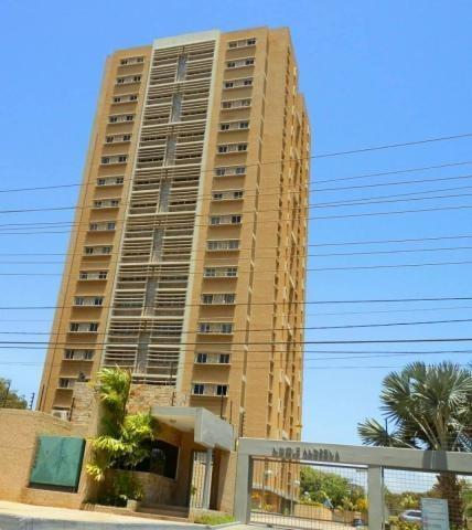 Alquiler De Apartamento En La Av Universidad