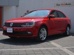 Volkswagen Jetta 4p Sportline L5/2.5 Aut