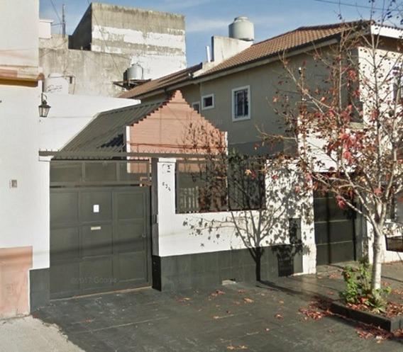 Casa En Venta En Avellaneda