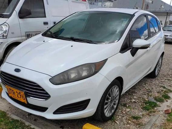 Ford Fiesta Hb Se Mt Motor 1.600