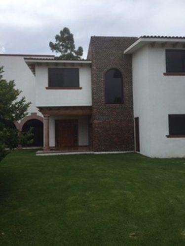 Casa En Venta. Club De Golf San Gil. // Rcv150625-ls