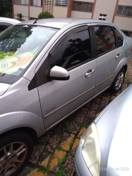 Fiesta 1.0 Sedan 2010. Único Dono R$ 16.500,00