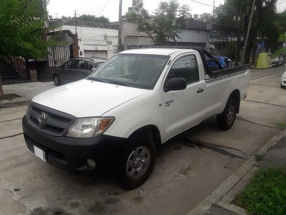 Toyota Hilux 2.5 4x2 Cabina Simple