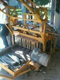 Maquina Ponedora De Hacer Bloque 15