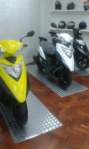 Suzuki Haojoe Lindy 125  Scooter Lindy 125 Burgman 125