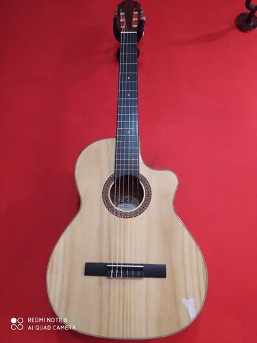 Guitarra Jvc Pino Con Estuche Semiduro