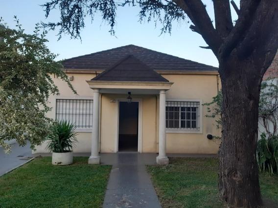 Casa En Castelar - 5 Ambientes - Dueño Directo