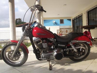 Harley Davidson Super Glide 2011