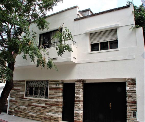 Casa Con Jardín, Piscina Y Cochera