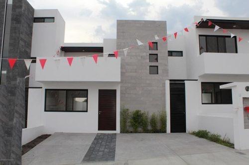 Casa En Venta En El Refugio, Queretaro, Rah-mx-20-647