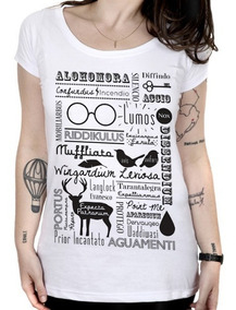 Camiseta Feminina Magias - Harry Potter
