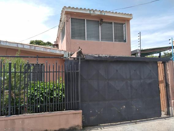 Casa (tipo Anexo ) En Alquiler Este 20-20974 (04245563270) Nd
