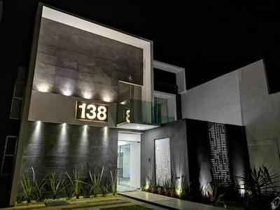 Casa Residencial En Privada Diseño Único Acabados De Lujo