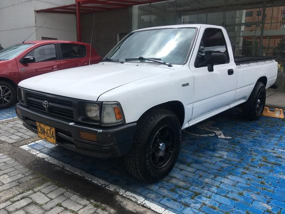 Toyota Hilux Cabina Sencilla Pickup 1994