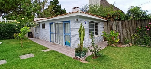 Venta Casa 3 Dormitorios En Pinares, Punta Del Este Ref 2810