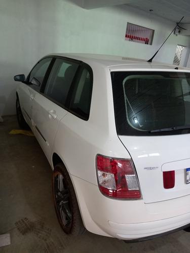 Fiat Stilo 2011 1.8 8v Attractive Flex Dualogic 5p