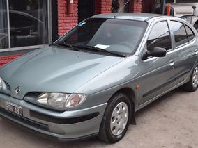 Renault Megane 2.0 Rxe 1998 Nafta 4 Puertas 44596952