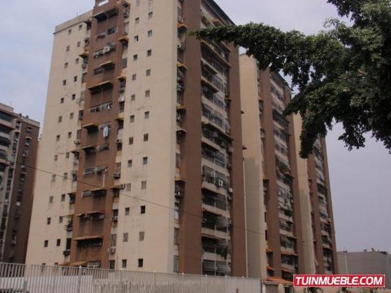 Apartamento En Venta En Urb Parque Aragua 19-13534 Mv