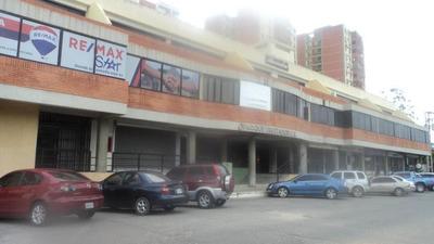 Local En Alquiler Avenida Libertador 19-11834 Rb