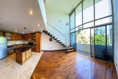 Imagen 1 de 8 de Apartamento En Alquiler Zona 15