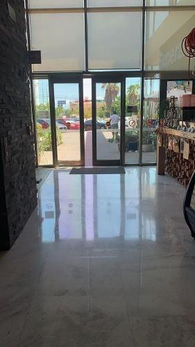 Renta De Oficina En Plaza Comercial Av Tulum Cancun