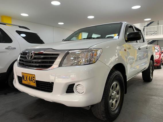 Toyota Hilux 2.500 Diesel 4x4 Mt A.a. F.e.