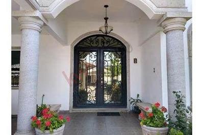 Casa En Venta En Residencial San Patricio Cercana Al Blvd. José María Rodriguez