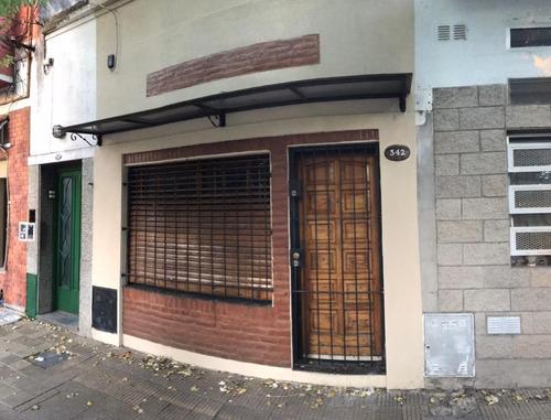 Alquilo Ph De 2 Ambientes En El Palomar Cocina, Living  Comedor, Baño, Terraza, Entre Piso Sin Chicos Y Sin Animales F: 5777