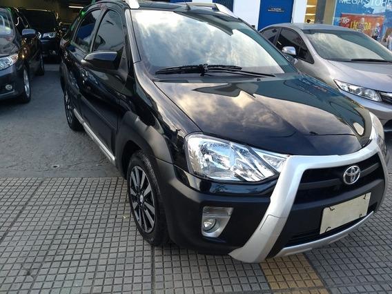 Toyota Etios 1.5 Flex Hb Cross 2014