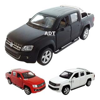 Carrinho De Ferro Amarok Miniatura Brinquedo Coleção Carros