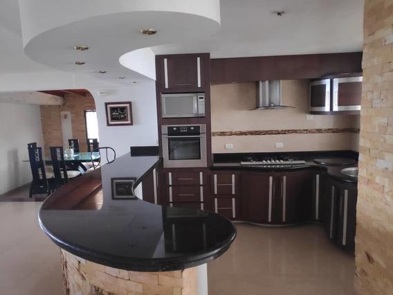 Apartamento / Casa En Las Acacias Propiedad Horizontal, A Pi