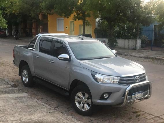 Toyota Hilux Sr 2.5 Diésel 4*2