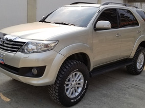 Toyota Fortuner 4x4 Ano 2012