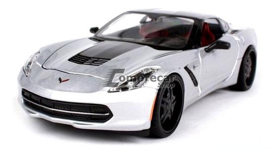 Miniatura Corvette Stingray 2014 Prata Maisto 1/24