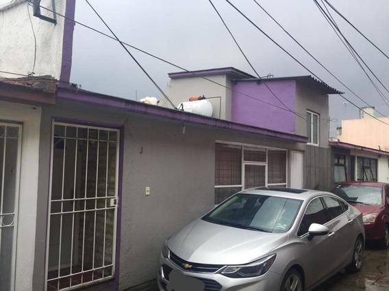 Renta Casa Centro De Toluca, En Privada.
