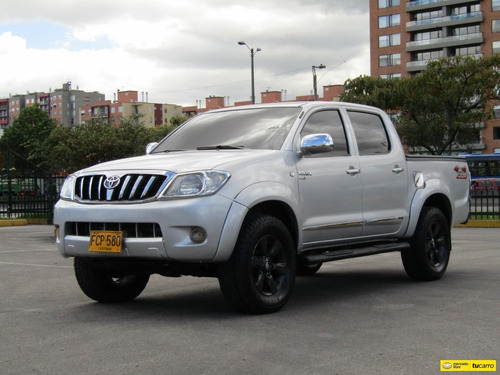 Toyota Hilux 2.5 Diesel 4x4 Mt 2006