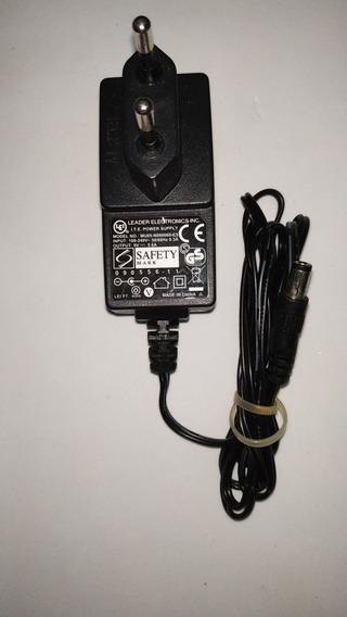 Fonte Carregador Learder 127v-220v. 9v-600ma. - Usado