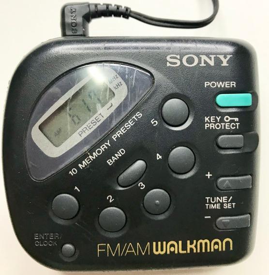 Walkman Sony Fm/am Rádio Portátil De Bolso C/ Clip Retrô